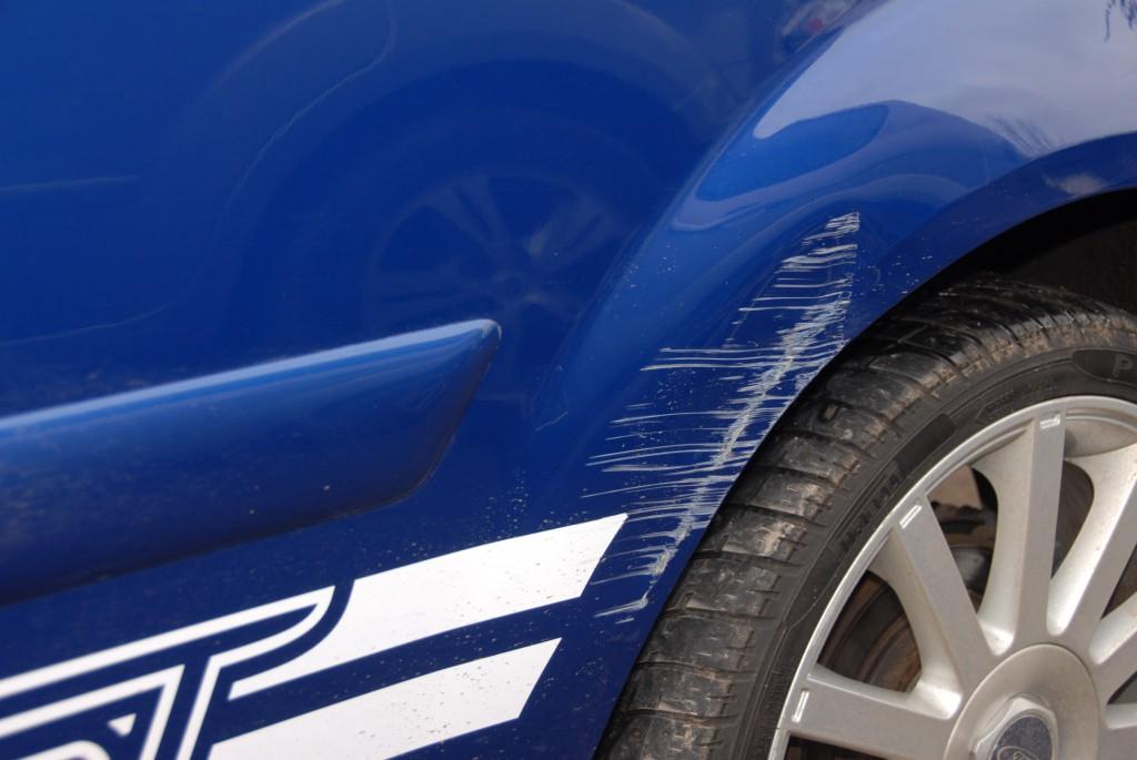 Car-paint-scratch-repair-bristol